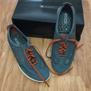 Women's ECCO sneakers leather shoes.
